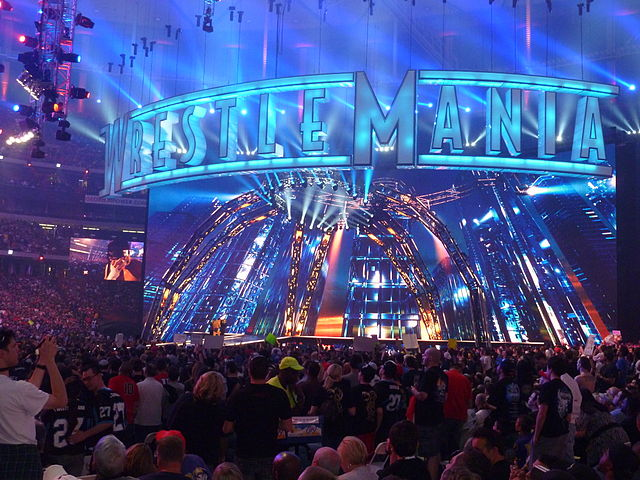 Wrestlemania XXVII Stage. Photo By: KinKeSiZemore.