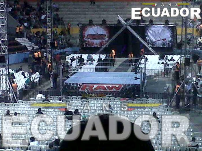 WWE RAW World Tour 2012 en el Coliseo General Rumiñahui - Quito, ECUADOR