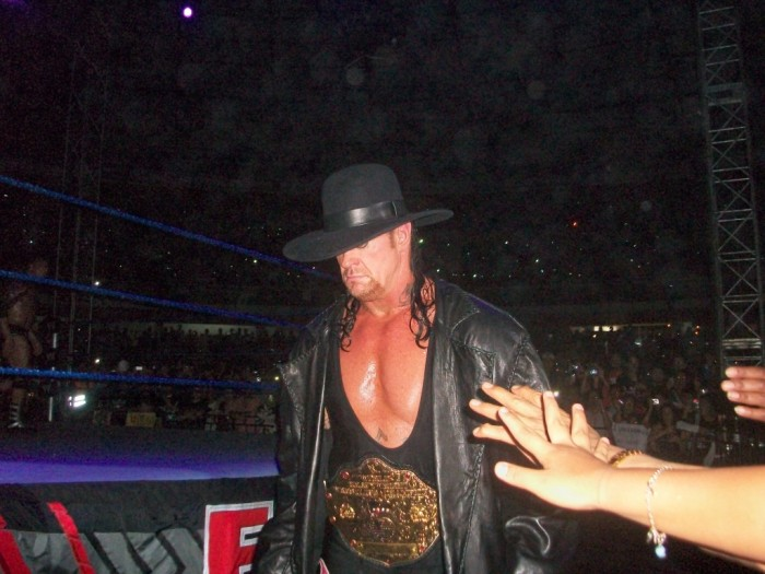 World Heavyweight Champion The Undertaker en el WWE SD/ECW Tour 2010 en Ecuador. Foto: Liza R.